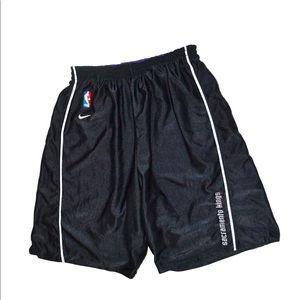 ❗️Vintage Nike Sacramento Kings Shorts